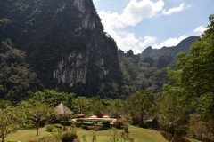 The Cliff and River Jungle Resort
