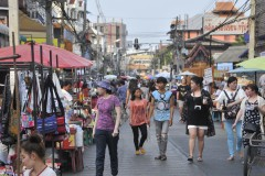 Saturday Walking Street Market (Wualai)