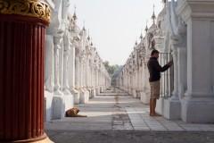 Kuthodaw and Sandamuni pagodas