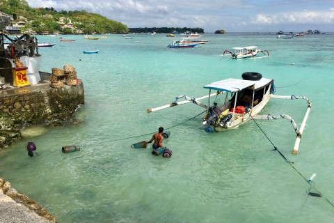 Do a boat or snorkelling trip perhaps? Photo taken in or around Two days on Nusa Lembongan, Nusa Lembongan, Indonesia by Sally Arnold.