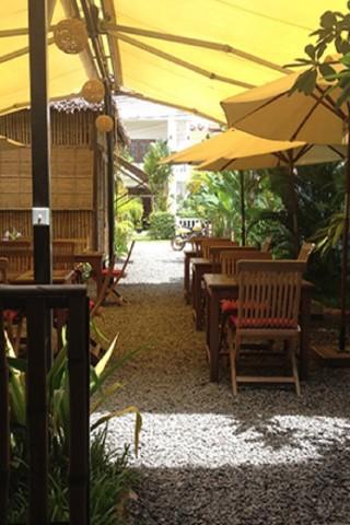 Garden restaurants