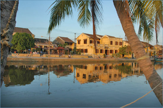 The Hoi An riverfront area