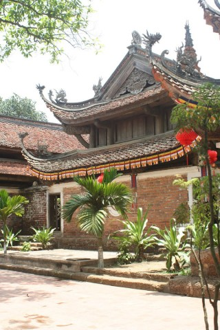 Photo of Thay and Tay Phuong Pagodas