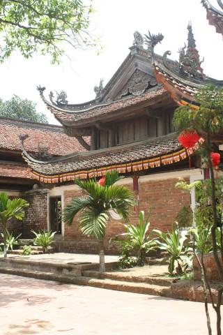 Thay and Tay Phuong Pagodas