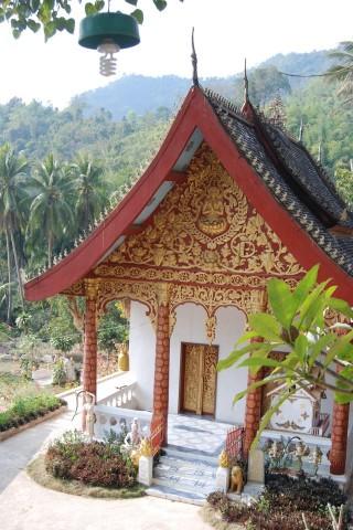 Wat Si Chom Chaeng and Wat Kok Khor