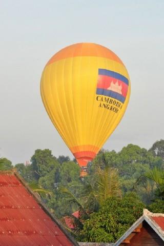 Balloon flights over Angkor