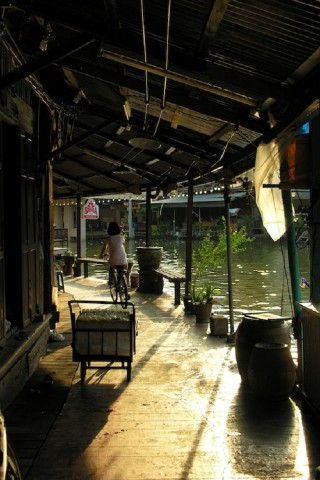 Photo essay: Life in Amphawa