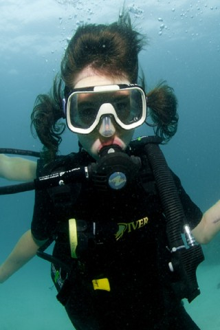 Can children learn to scuba dive on Ko Tao?