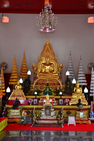 An introduction to Ubon Ratchathani's temples