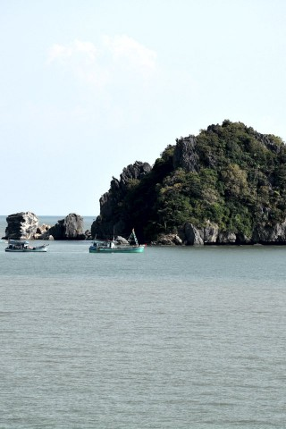 Photo of Chua Hai Son and Bai Duong beach