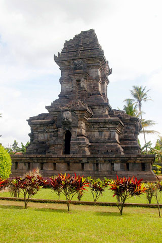 Photo of Singosari temples