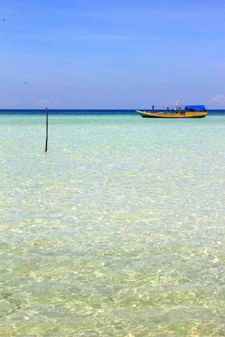 Island hopping around the Karimunjawa Islands