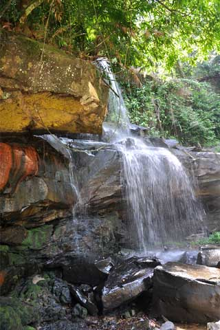 Photo of Huang Num Kaew Waterfall
