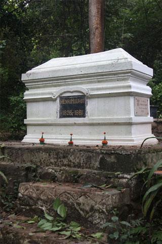 Henri Mouhot's Grave