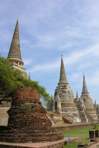 Wat Phra Sri Sanphet and the Ancient Palace