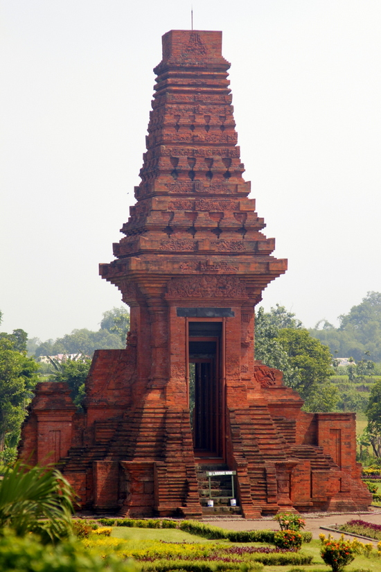 A fantastic temple from the majapahit empire just outside Surabaya