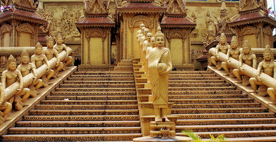 Wat Kean Kleang, the 'Gold Temple'