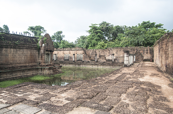 Banteay Samre Moat - partially filled with flood water