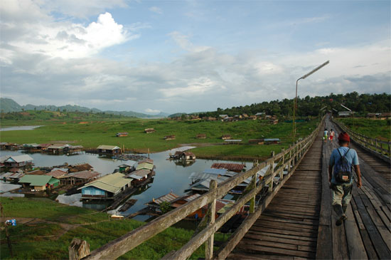 Now that's a bridge. Sangkhlaburi.