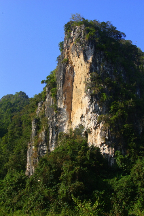 Stunning scenery around Vieng Xai