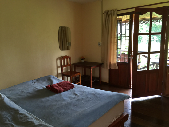 Double room with private bathroom.