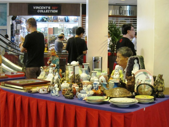 If you're looking for old artifacts or knick-knacks, China Square, you'll probably find them at Sungei road or China Square Central - at stalls manned by the older generation
