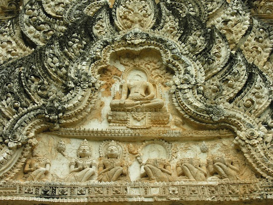 A relief at Wat Phra Pai Luang -- Still splendid after 1,000 years.