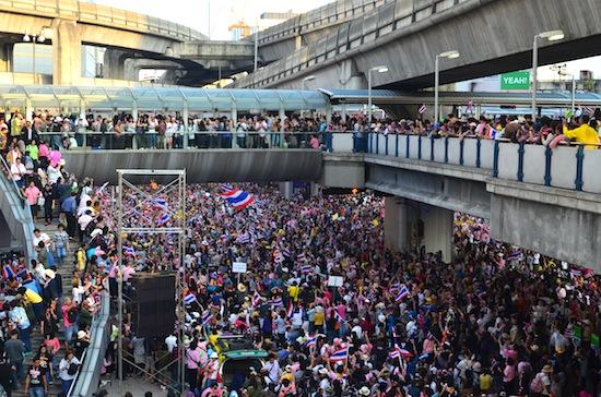 Skytrain queues reach an all time high Sunday, December 22.