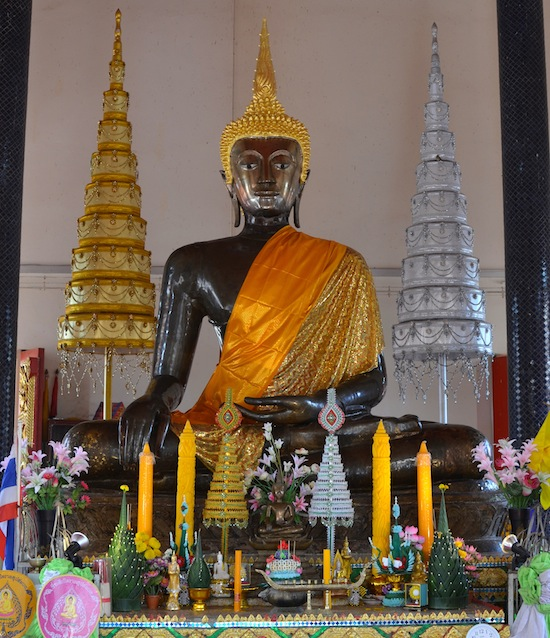 The Phra Ong Tue image was a product of the long-vanished Nakhon Wiang kingdom.