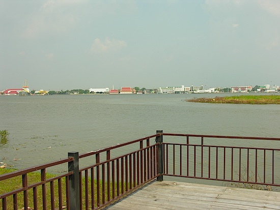 A view of the Chao Phraya's end at Pak Nam.