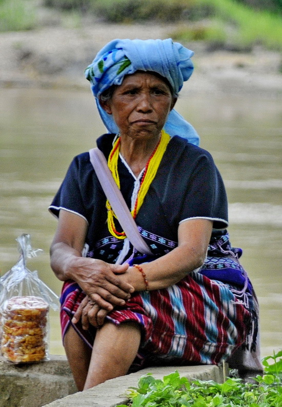 Karenni woman, Mae Hong Son