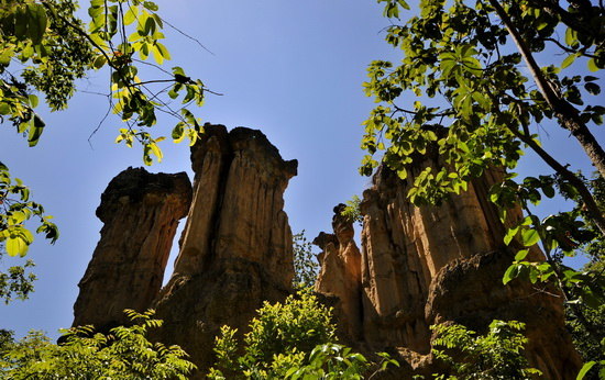 Sandstone columns with their dark conglomerate caps