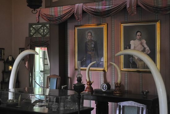 A bust and portraits of the last Lord and Lady of Phrae