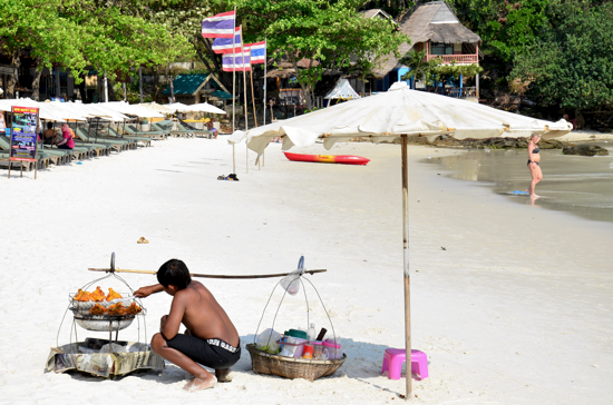 Haad Sai Kaew beach vendor.
