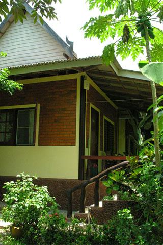 Khao Lak Seafood Family House
